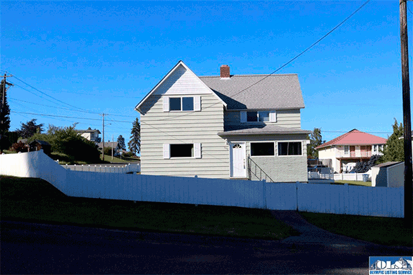 Image of 1037 W 11th 1037 W. 11, Port Angeles